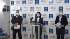 Conferință de presă susținută de președintele PNL București, Violeta Alexandru, și consilierii PNL în CGMB Adrian Moraru și Andrei Badiu