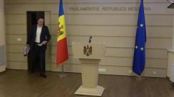 """Briefing de presă susținut de către deputații Platformei """"Pentru Moldova"""" și ai Partidului """"ȘOR"""", Denis Ulanov și Petru Jardan"""