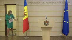 """Briefing de presă susținut de către deputatul Platformei parlamentare """"Pentru Moldova"""", Ruxanda Glavan"""