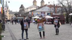 """Protest în fața Primăriei Iași, """"Asfaltarea TUTUROR străzilor de pământ și pietriș din Municipiu"""", organizat de asociația de proprietari Green Park Iași"""