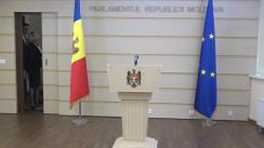 Briefing de presă susținută de către deputații Fracțiunii PSRM, Vladimir Odnostalco și Alla Darovannaia