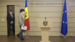 """Conferință de presă susținută de către deputații Fracțiunii PAS, Blocul ACUM, Dan Perciun și Ion Groza, cu tema """"Securitatea instituțiilor strategice de stat nu poate fi lăsată pe mâna hoților de miliarde"""""""