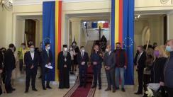 """Expoziție de artă vizuală """"Sacrul. Spirit și Materie"""", din Primăria Iași"""