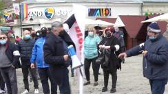 Sindicatul Șoferilor și Angajaților din cadrul Companiei de Transport Public Iași protestează în fața Primăriei Municipiului Iași