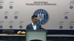 Premierea pugiliștilor Claudia Nechita, Cosmin Gîrleanu și a antrenorilor lor, de către Ministrul Tineretului și Sportului, Carol Novak