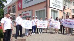 Protest organizat de Partidul Acasă Construim Europa în fața sediului PSRM