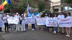 Protest organizat de Partidul Acasă Construim Europa în fața sediului Partidului Nostru
