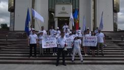 Protest organizat de Partidul Acasă Construim Europa în fața Președinției Republicii Moldova