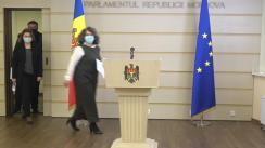 Briefing de presă susținut de către deputații Partidului Acțiune și Solidaritate, Liliana Nicolaescu-Onofrei, Virgil Pâslariuc și Marcela Adam